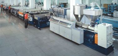 CE Certificated PP Hollow Sheet Extrusion Line PLC Temperature Control System